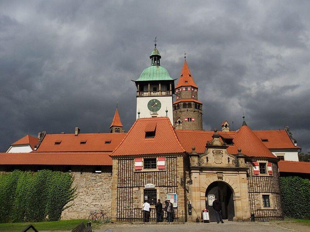 Bouzov hrad