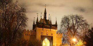 zrcadlové bludiště Petřín