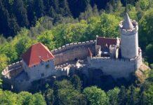 hrad kokorin