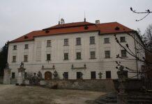 zamek budisov