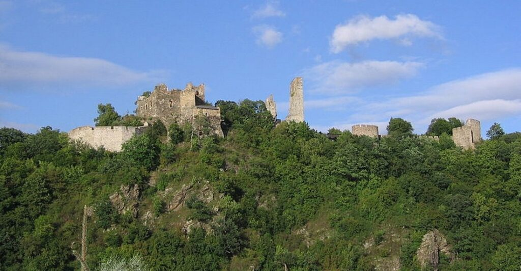 hrad 1