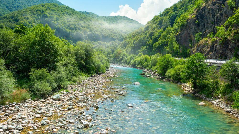 Řeka Tara v Národním parku Durmitor