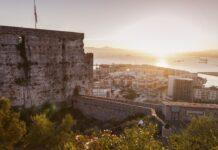 Gibraltar při západu slunce