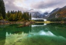 Lago-di-Fusine-na-podzim