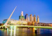 Noční Buenos Aires