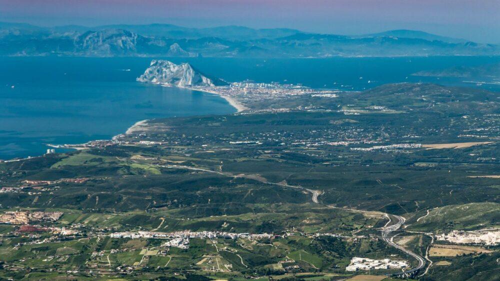 Pohled na Gibraltar ze Sierra Bermeja