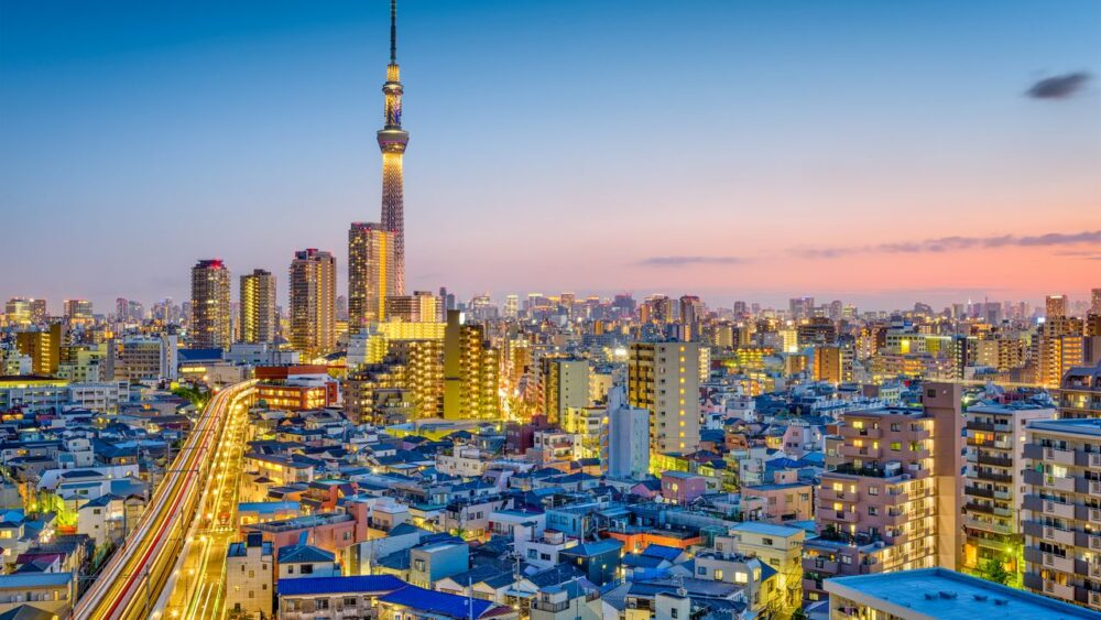 Tokio v noci