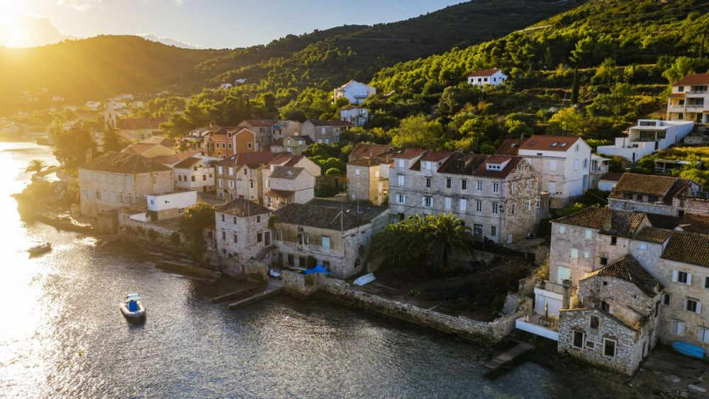 Vez-na-ostrove-Vis-Chorvatsko