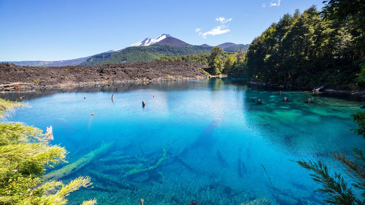 Jezero a krajina v Chile