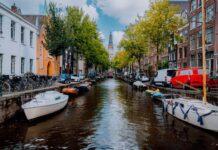 kanal v amsterdamu