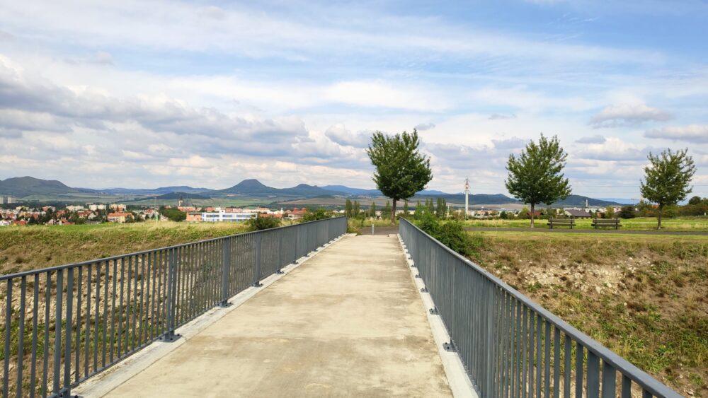 Lounský most přes dálnici