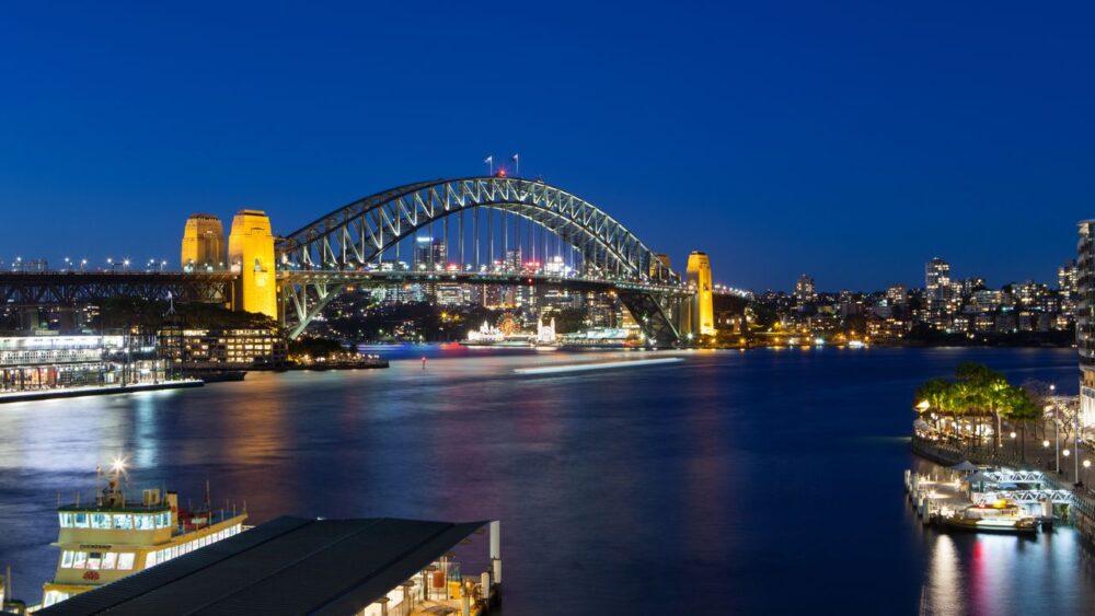 Přístav v Sydney v noci