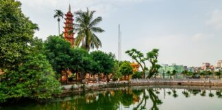 tran quoc pagoda Hanoj