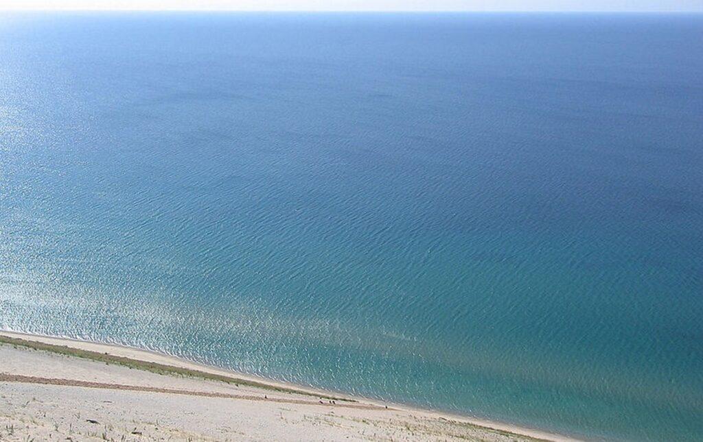 jezero michigan
