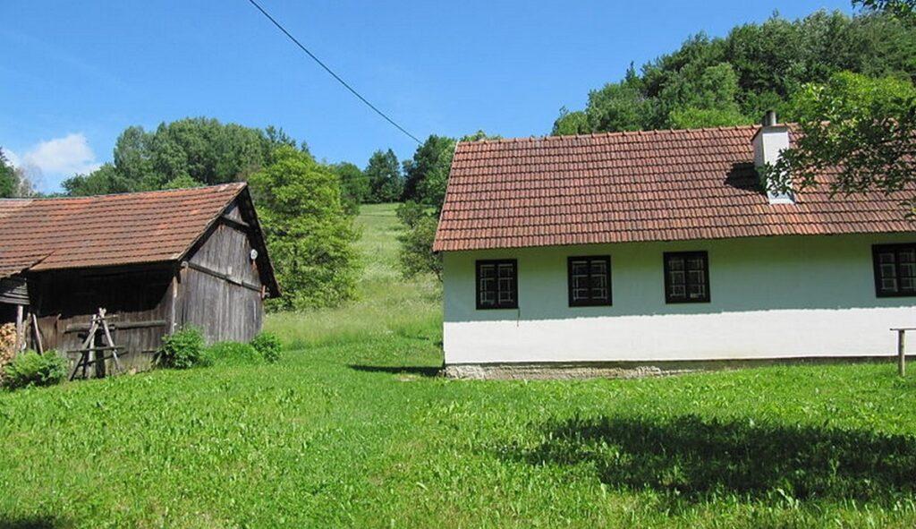 chalupa v obci zitkova