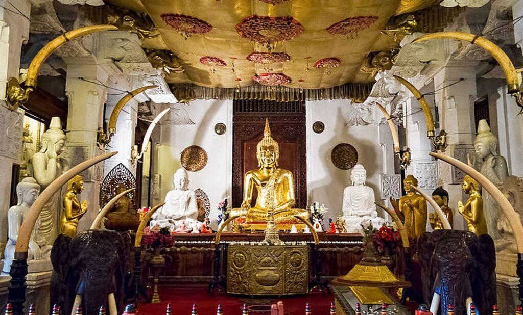 chram buddhova zubu