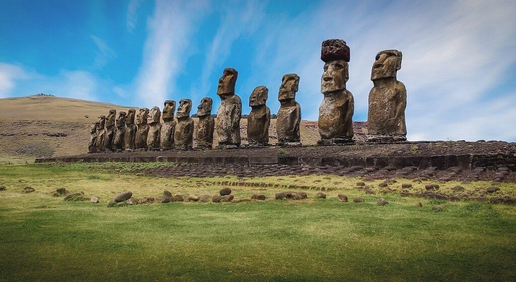 sochy velikonocni ostrov