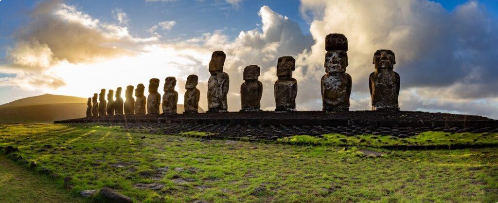 velikonocni ostrov sochy