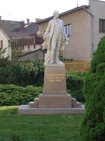 pomnik josefa