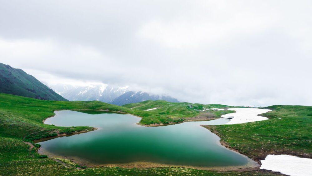Jezero-Kavkaz
