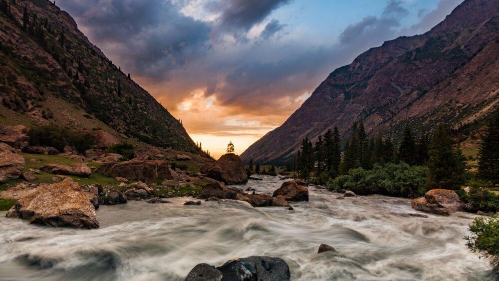 Mraky-Himalaje