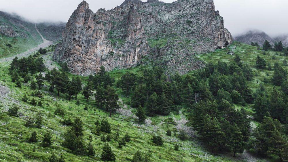 Pohled-na-hory-Kavkaz