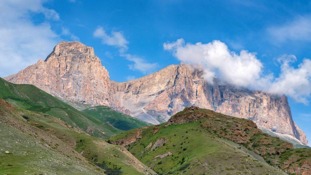Pohori-Kavkaz-a-jeho-krajina