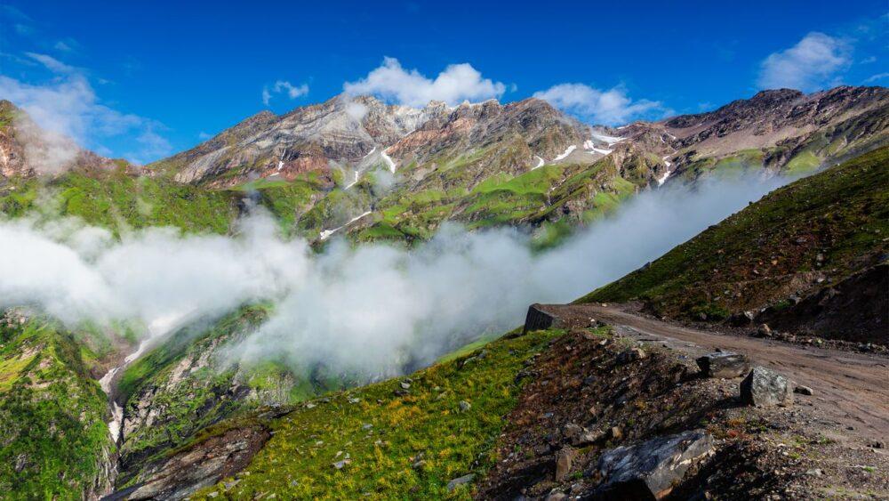 Cesta-v-Himalajich