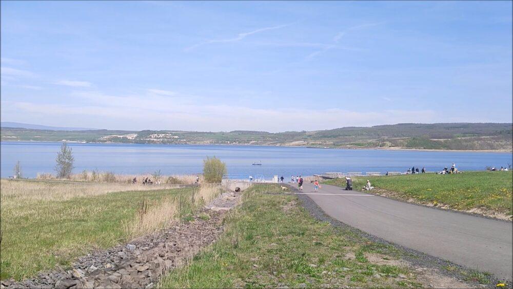 Koupani-jezero-most
